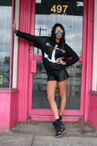 Single White Female shorts - Isabel Marant boots - Le specs sunglasses