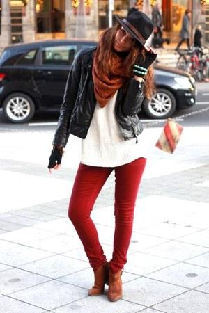 Primark jeans - Mango boots - black Bugatti hat - Zara jacket