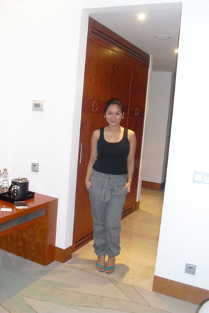 black H&M blouse - gray Pimkie pants - SO Fab shoes - River Island earrings