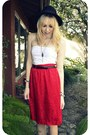 Black-h-m-hat-red-vintage-skirt-white-forever-21-top