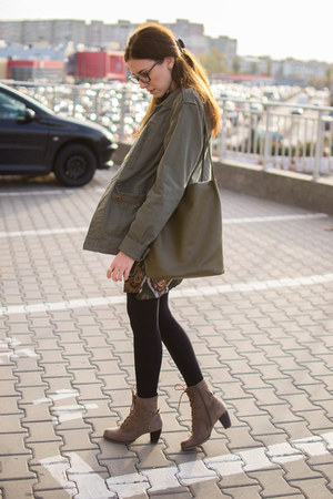 Deichmann boots - Yoins dress - pull&bear jacket - Yoins bag - Yoins accessories