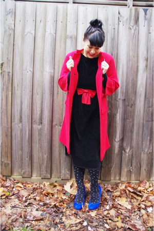 Vintage thrifted coat - Vintage dress etsy dress - Alannah Hill tights
