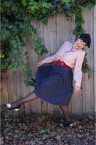 thrifted skirt - 60s vintage etsy shirt - Ebay belt - 60s vintage Modcloth pumps