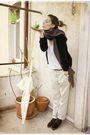 S-oliver-cardigan-h-m-t-shirt-h-m-pants-bata-shoes-bershka-scarf