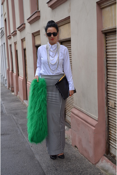 AGAIN skirt - Stradivarius shoes - H&M necklace