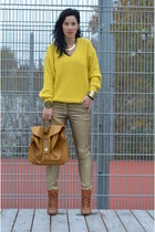 H&M pants - New Yorker boots - vintage sweater - Ebay bag - H&M necklace