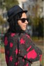 Vintage-sweater-wwwfeliceecom-skirt-ringeraja-necklace