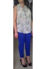 Blue-jbrand-811-skinny-jeans-christian-louboutin-lady-peep-spikes-pumps