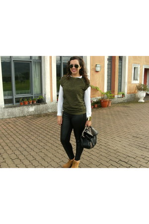 army green Pull and Bear sweater - black Stradivarius leggings