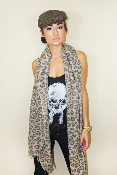 Wilfred Scarf - How to Wear and Where to Buy | Chictopia