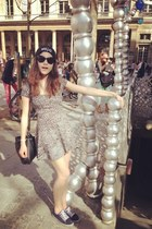 brandy melville dress - navy vICTORIA shoes - black wasted hat