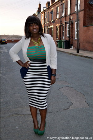 off white Primark blazer - black George skirt - olive green Boohoo necklace