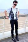 Versace-x-h-m-boots-zara-jeans-katie-eary-x-topman-t-shirt