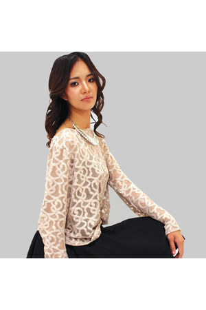 Flaunt Fabulous Fashion blouse