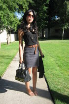 Old Navy top - unknown belt - Forever 21 skirt - Steve Madden purse - Urban Outf