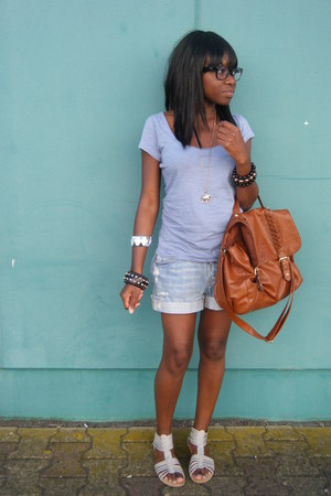 Ray Ban glasses - Pimkie shoes - H&M bag - H&M shorts - H&M accessories