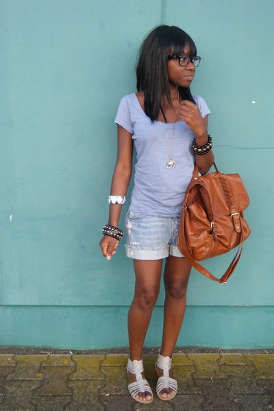 Ray Ban glasses - Pimkie shoes - H&M bag - H&M shorts - H&M accessories