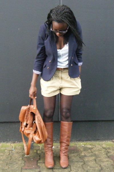 Zara blazer - Eden boots - belt and bag H&M shorts - Naf Naf t-shirt
