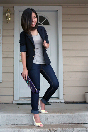 vintage blazer - Macys jeans - Target t-shirt - karen millen purse - Charlotte R