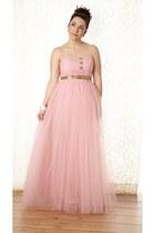 pink modcloth dress - gold modcloth earrings - cream modcloth watch