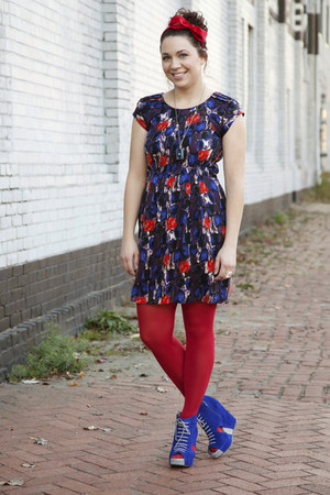 blue modcloth dress - ruby red modcloth tights - ruby red modcloth accessories -