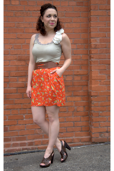 carrot orange modcloth skirt - gray modcloth top - dark brown modcloth sandals -