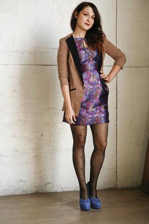camel modcloth blazer - amethyst modcloth dress - black modcloth tights