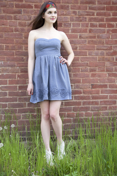 ivory modcloth boots - blue modcloth dress - maroon headband modcloth accessorie