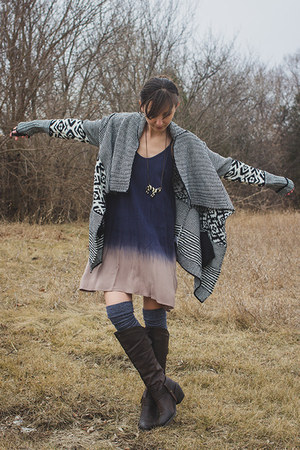 navy ombre threadsence dress - black tribal unknown cardigan