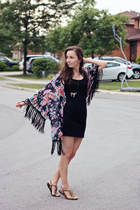 black fitted H&M dress - black kimono fringed unknown jacket