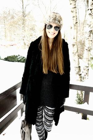 charcoal gray boutique belgique leggings - black Patrizia Pepe coat - heather gr