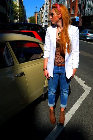 Diesel jeans - Hallhuber blazer - H&M bodysuit - Jeffrey Campbell heels - James