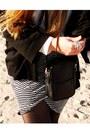 Vila-skirt-ray-ban-sunglasses-steve-madden-flats-h-m-cardigan