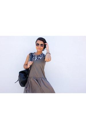 tan crop Zara top - tan drop waist asos dress - black leather asos bag