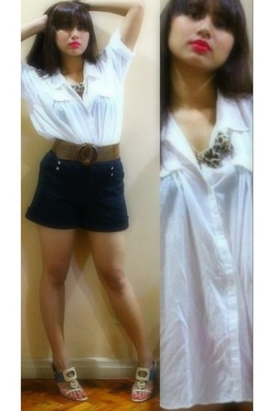 H&M blouse - Zara shorts - Nine West shoes - Aldo accessories - Tyler belt