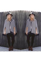 navy poncho vintage cape - black black pants Flying Monkey jeans