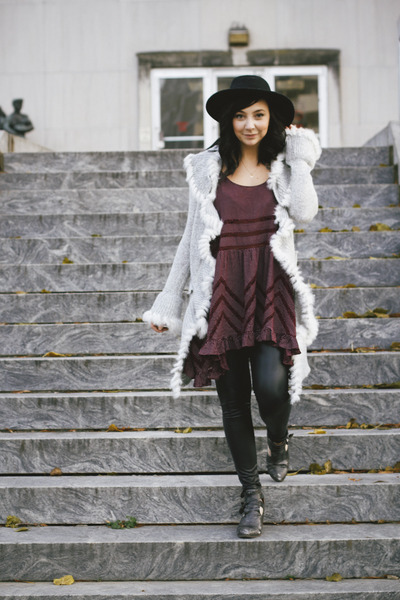 charcoal gray Jeffrey Campbell boots - maroon free people dress