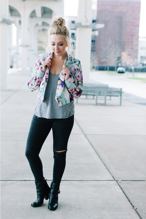 light blue PAPERDOLLS blazer