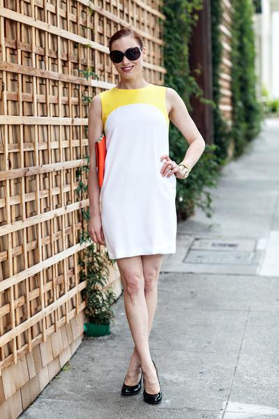 Zara dress - BCBG bag - Oscar de la Renta sunglasses - Giuseppe Zanotti heels