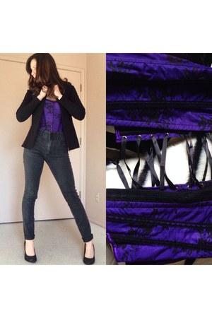 black pumps - purple intimate