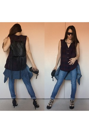 black fringe backpack bag - crimson thrifted shirt - black oakley sunglasses