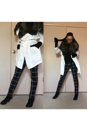 black pumps - white optic trench coat