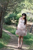 beige H&M dress - light brown Marypaz heels
