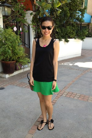 green Zara skirt - black Juicy Couture sandals - Forever 21 necklace