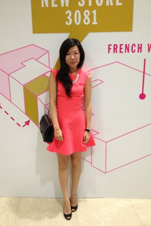 hot pink H&M dress - black 255 Chanel bag - ivory J Crew necklace