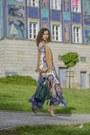 Blue-floral-print-h-m-dress-teal-bucket-bag-zara-bag-eggshell-zara-heels