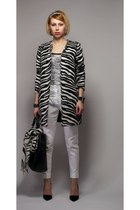 white zebra Zara coat - white Zara pants - black asymmetrical Zara heels
