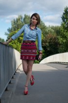 ruby red aztec Zara skirt - light blue denim shirt Stradivarius shirt