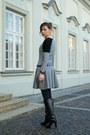 Charcoal-gray-dress-black-leather-camaïeu-jacket