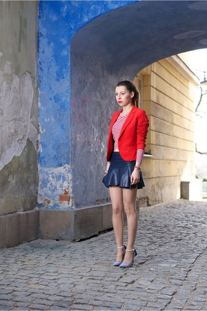 navy leather Zara skirt - red H&M jacket - white Aldo heels